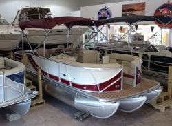 2016 South Bay Pontoon 521FCR2.75